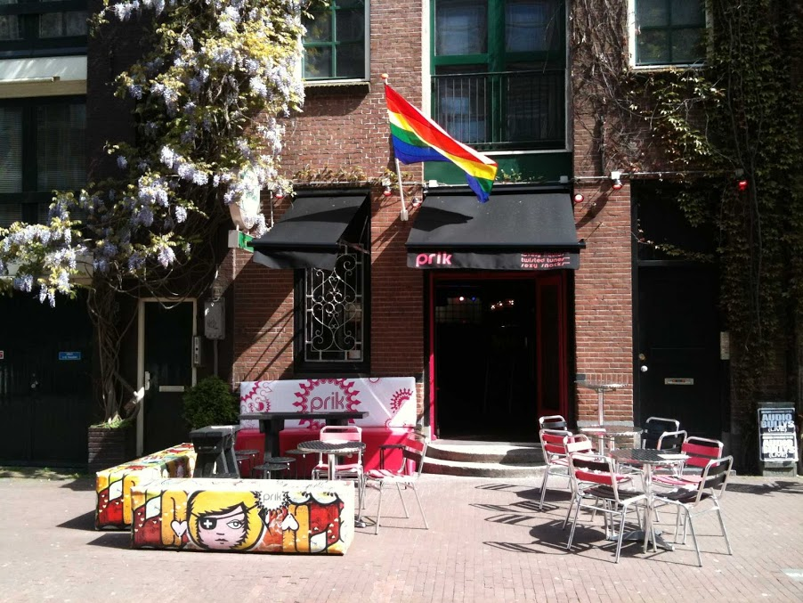 Gay bars and both houses in amsterdam